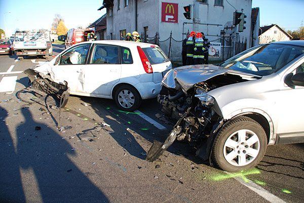 Ein verheerendes Bild bot sich nach dem Crash im Bezirk Neunkirchen