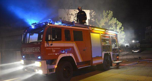 In der Nacht auf Donnerstag geriet ein 40 Kubikmeter großer Container in Brunn am Gebirge in Brand.