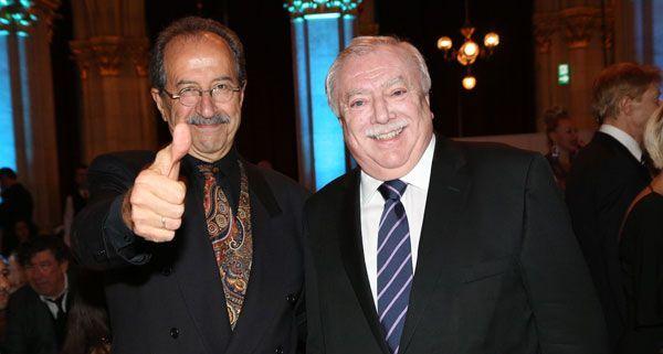 Autor rafik Schami und Bürgermeister Micheal Häupl bei der Gala am Donenrstagabend.