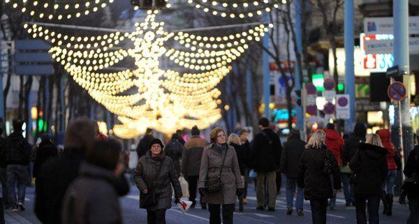 Auch 2012 wird die Wiener mariahilfer Straße an den Adventsamstagen gesperrt.