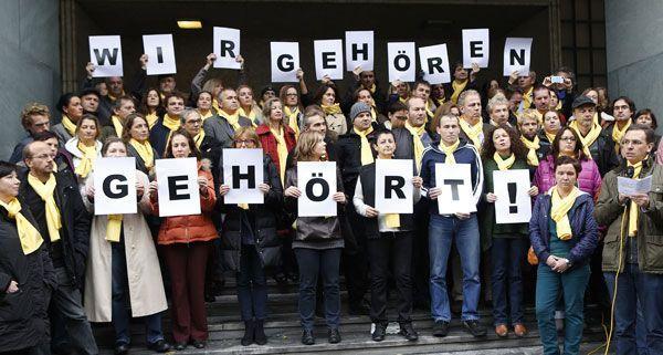 Vor dem ORF-Funkhaus in Wien-Wieden demonstrierten am Dienstag 130 Redakteure.