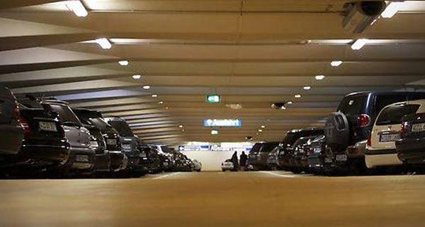 Am helllichten tag kam es in einer Tiefgarage in Wien-Simmering zu einem Raubüberfall.
