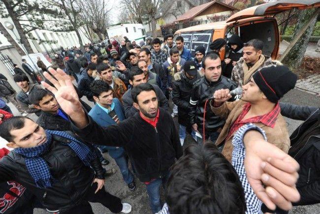Der Marscch der Protestierenden verlief von Traiskirchen bis nach Wien.