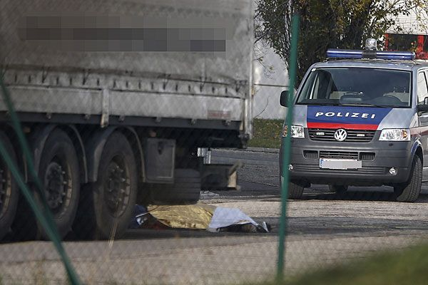Das Motiv für die Flucht des LKW-Lenkers ist noch immer unklar.