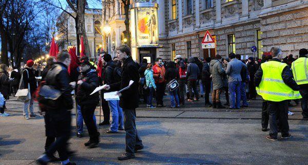 Demonstrationen Anlässlich Des Akademikerballs In Wien