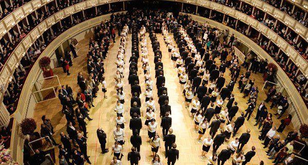 Mit der Generalprobe der Opernballeröffnung waren die Veranstalter zufrieden.