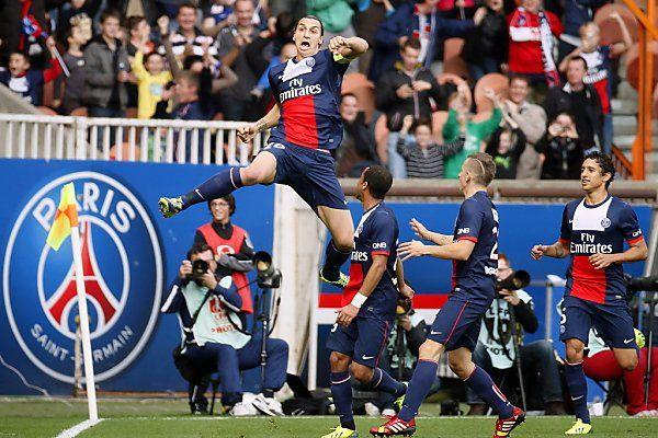 Superstar Ibrahimovic hilft PSG auf die Sprünge
