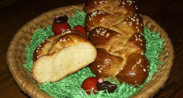 Passend zur Osterzeit: Rezept für selbstgemachten Hefezopf.