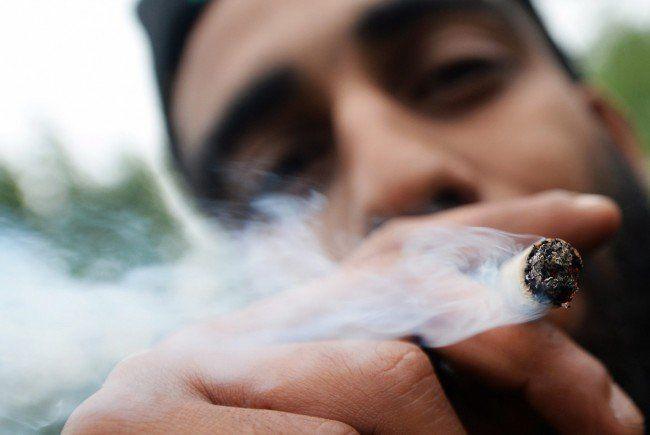 Die Großteil der Jugendlichen in Österreich ist für eine Freigabe von Cannabis.
