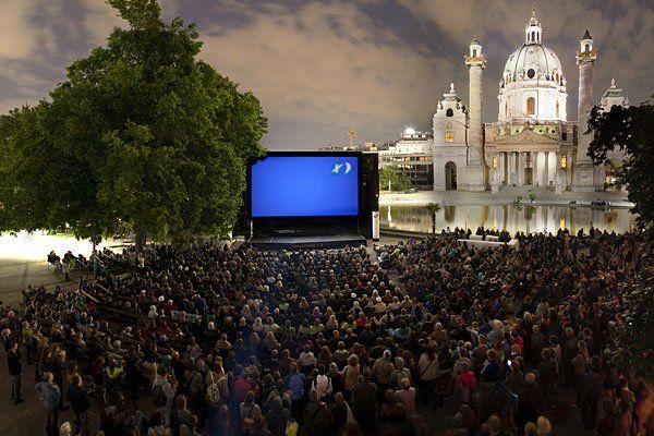 Auch heuer sind auf dem Wiener Karlsplatz wieder jede Menge Film-Highlights zu erwarten