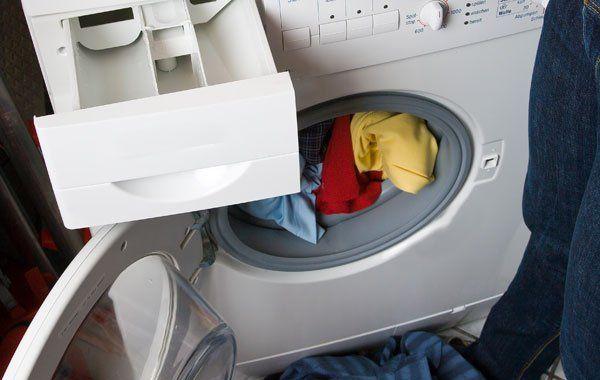 kleinkind in laufende waschmaschine gesteckt vienna at. Black Bedroom Furniture Sets. Home Design Ideas
