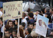 Papst macht Albanien stolz