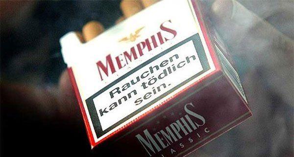 Der Straßenräuber bat vermeintlich um eine Zigarette.