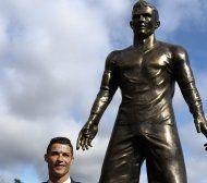 """Ronaldo wurde auf Statue """"gut bestückt"""""""