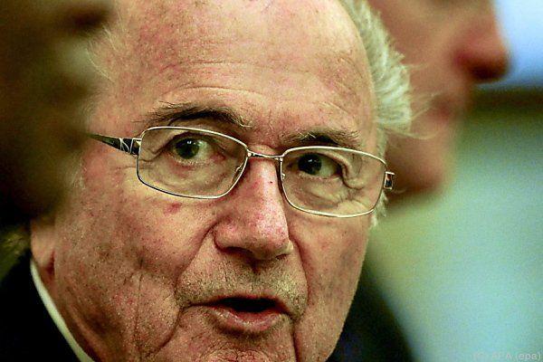 Blatter hat drei Gegenkandidaten