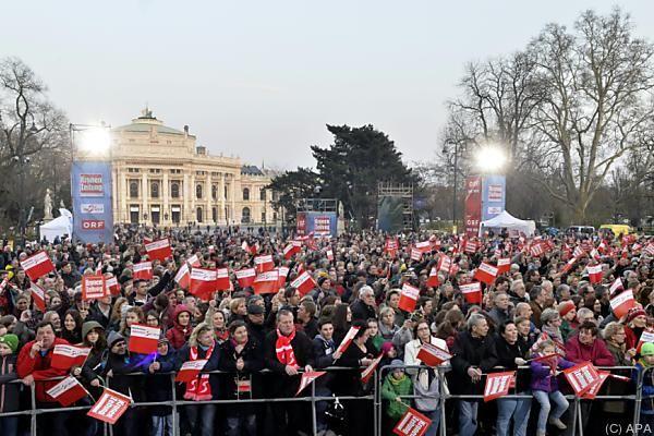 Tausende Fans jubelten in Wien ihren Helden zu