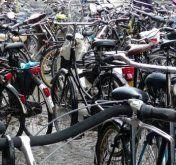 Pärchen verkaufte am Bahnhof gestohlene Räder