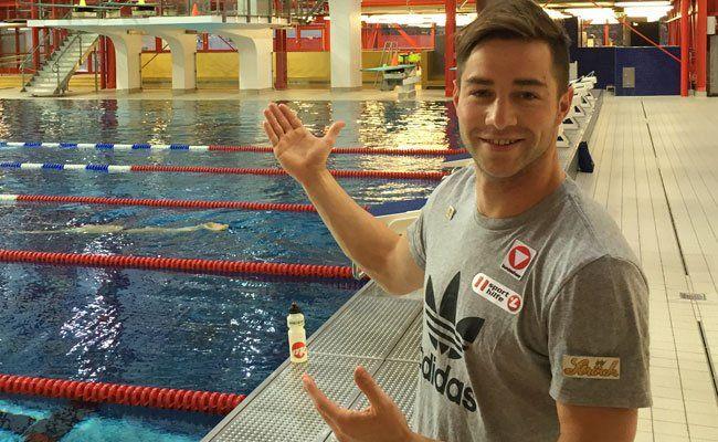 Constantin Blaha ist professioneller Wasserspringer.