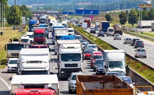 Die A1 Richtung Salzburg musste gesperrt werden.