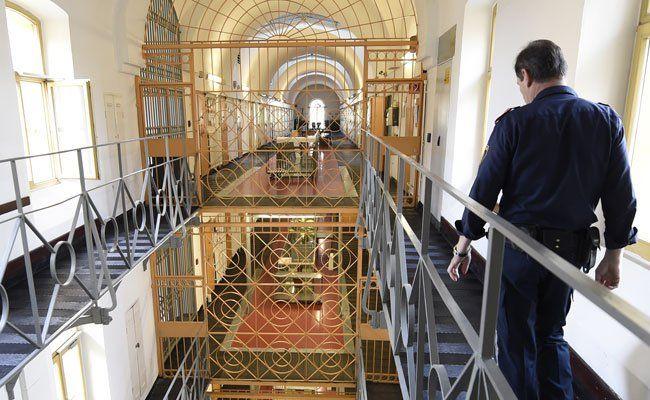 Neues Aufnahmeverfahren für angehende Justizwachebeamte