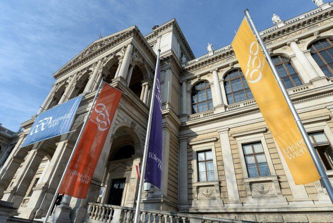 Die Wiener Uni: Alt und gebrechlich