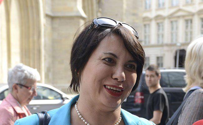 Wiener Stadtschulratspräsidentin Susanne Brandsteidl im Gespräch.