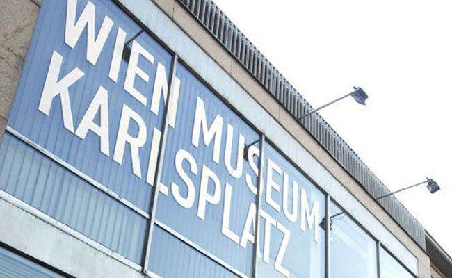 """Im Wien Museum am Karlsplatz werden die """"Kultis"""" versteigert."""