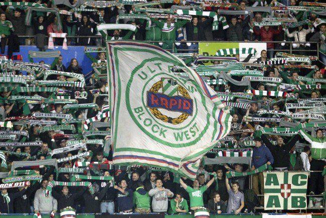 Das Bundesligaspiel zwischen SK Rapid Wien und Red Bull Salzburg findet am Sonntag um 18.00 Uhr statt.