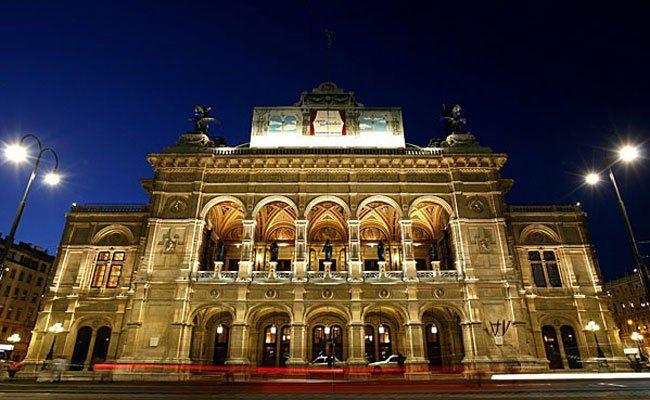 In der Spielzeit 2015/16 wird es einige Premieren in der Wiener Staatsoper geben.