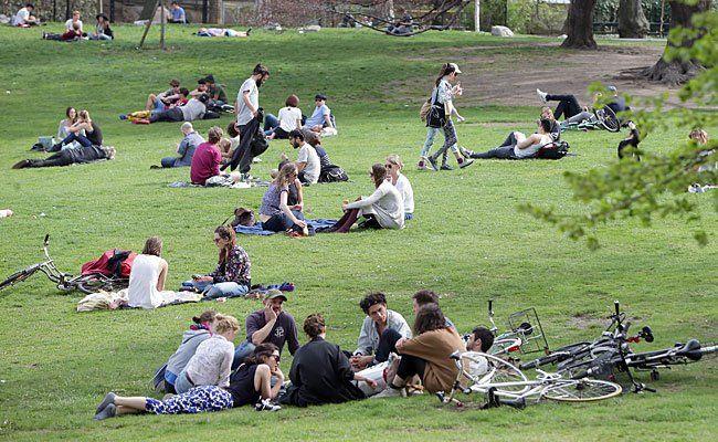 Das warme Frühlingswetter kann man diese Woche genießen - wie hier im Burggarten in Wien