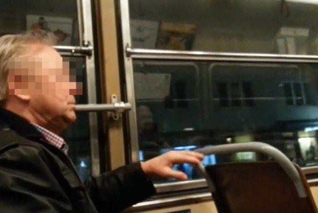 Rassistische Äußerungen in der Straßenbahn