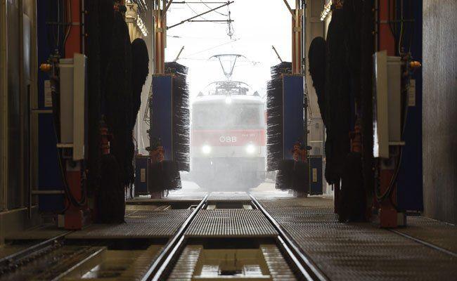 Die umweltfreundliche Zugwaschanlage der ÖBB.