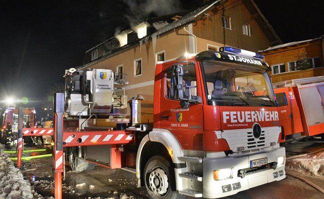Nach Brandstiftung im Flüchtlingsheim: Psychiatrischer Gutachter attestierte 23-Jährigem paranoide Schizophrenie