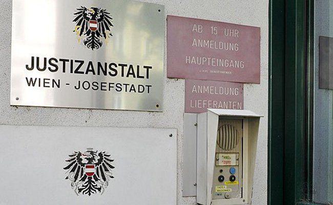 19-Jähriger Internetbrtrüger: 65 Geschädigte im In- und 34 im Ausland