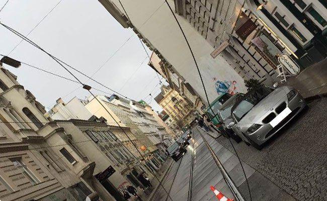 Wien – Neubau: LKW zerstört Oberleitung
