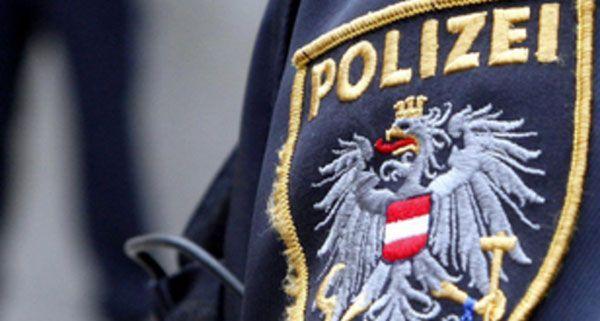 Ein 75-Jähriger wurde angezeigt, nachdem er seine Freundin mit dem Umbringen bedroht haben soll.