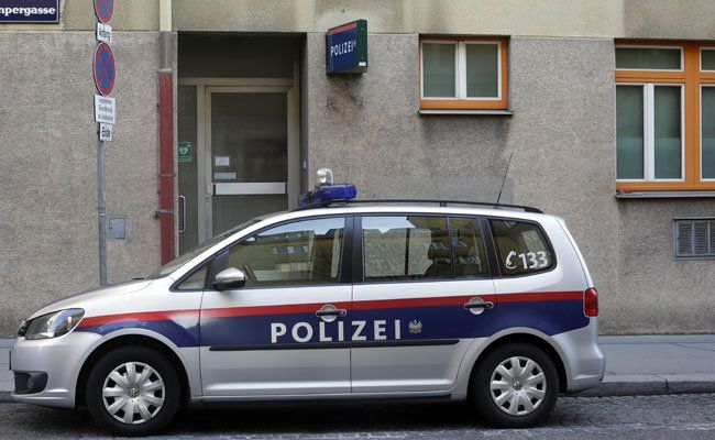 Zwei Polizisten wurden bei dem Einsatz im 20. Bezirk verletzt.