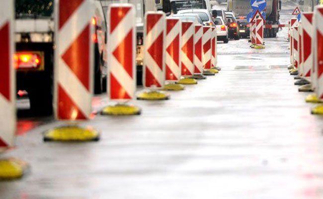 Autofahrer müssen sich eventuell bald wieder etwas mehr gedulden in der Raxstraße.