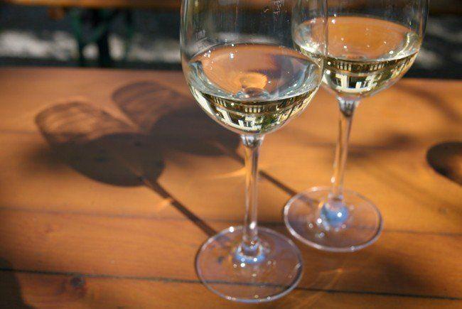 Österreicher trinken fast fünf Achterl Wein in der Woche