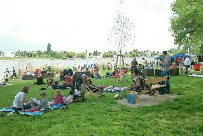 Am Wochenende wurde das Arbeiterstrandbad eröffnet - inklusive Picknick für die ganze Familie.