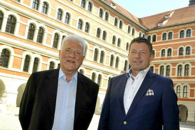 Frank Stronach und Spitzenkandidat Josef Kaltenegger glauben an den Einzug in den steirischen Landtag.