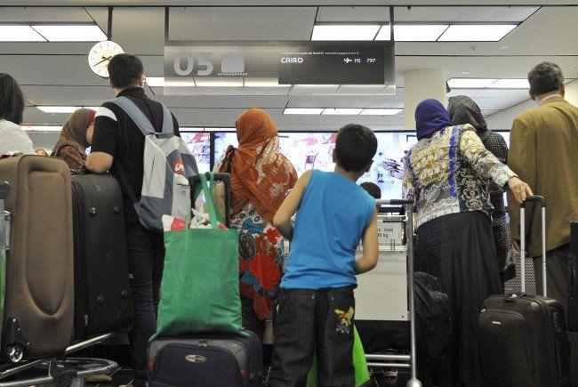 Wiener Flughafen-Securitys schmuggelten Flüchtlinge auf Flüge