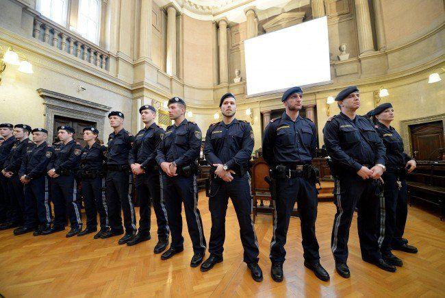 Aliyev-Prozess - Anklagebehörde und Privatbeteiligte gegen Richter