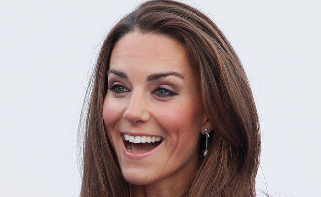 Bei Herzogin Kate haben am Samstag die Wehen eingesetzt.