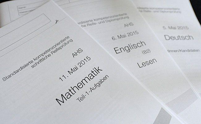 Aufgabenhefte für die neue standardisierte Reifeprüfung (Zentralmatura)
