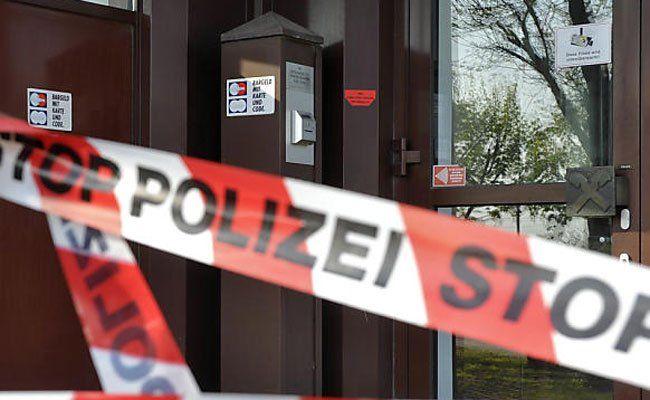 Gleich zwei Banküberfälle ohne Erfolg am Freitag in Wien.