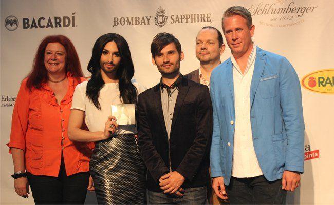 Conchita Wurst zu Gast bei der Präsentation des Euro Fan Cafe Vienna