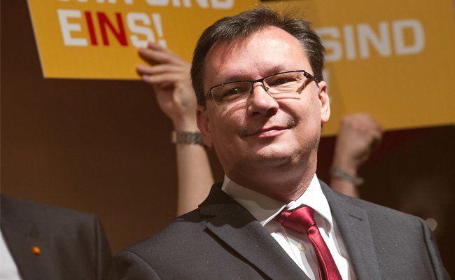Norbert Darabos übt Kritik an Reinhold Mitterlehner