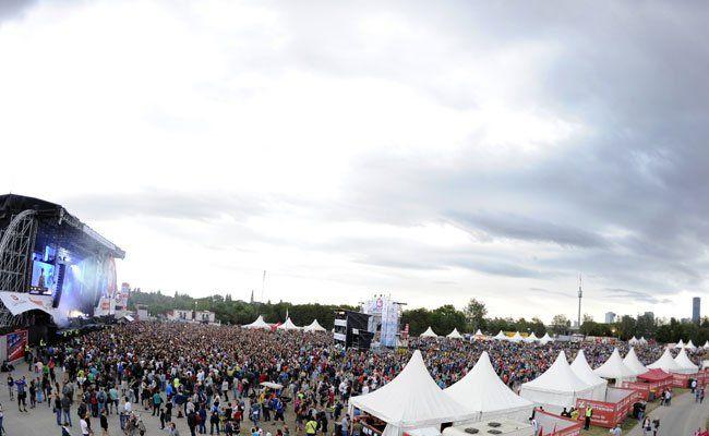 Die Bühne am Wiener Donauinselfest 2015 ist hart umkämpft.