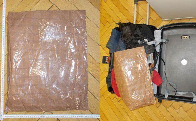 In einem manipulierten Koffer wurden die Drogen transportiert.